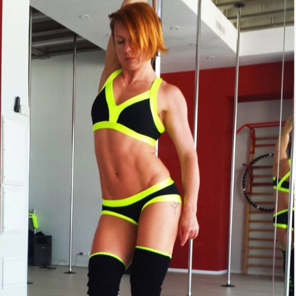 black-yellow-set